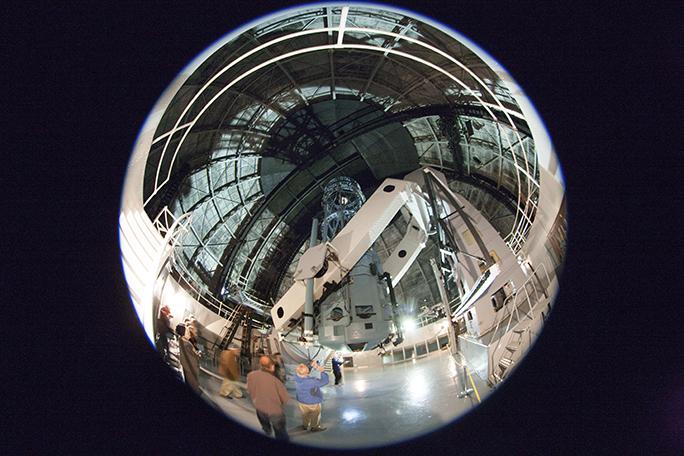 100-inch telescope interior 09